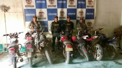 Incautadas motocicletas y alimentos perecederos de contrabando en Puerto Carreño
