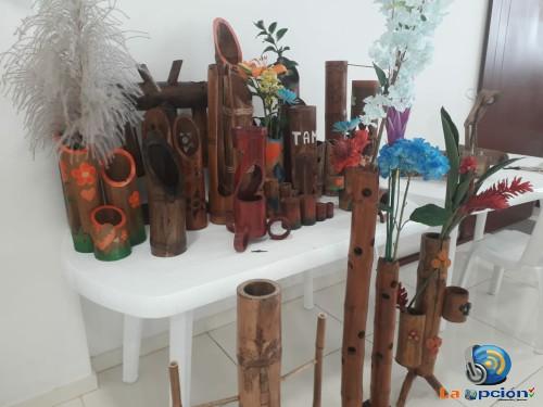 18 personas del Centro Poblado Corocito se capacitaron en la primera fase de artesanías en guadua