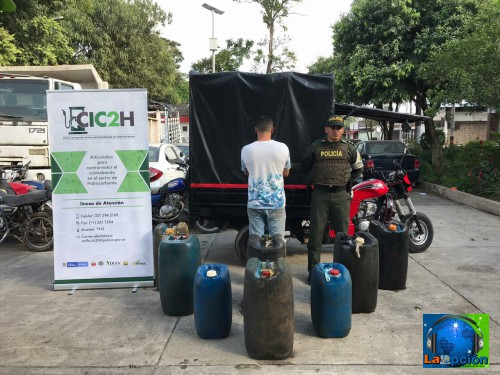 Combustible de contrabando incautado en el malecón de la capital Araucana
