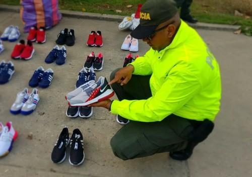 En Tame incautados más de 100 pares de calzado