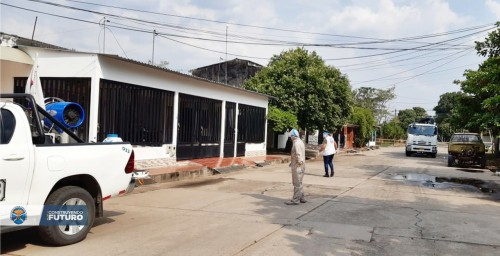 Desinfección en el área donde reside la familia del bebé caso positivo para Covid 19 realizaron funcionarios de la Unidad de Salud y la alcaldía