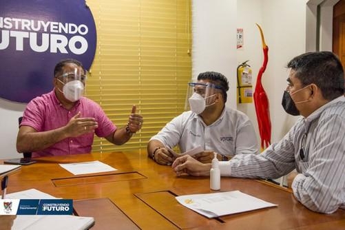 Gobernador de Arauca se reunió con ex combatientes para analizar situación de los ETCR