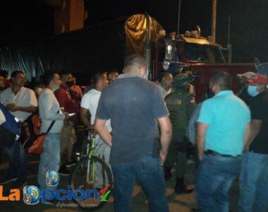 Hubo acuerdo, transportadores se retiraron de la entrada al municipio de Tame