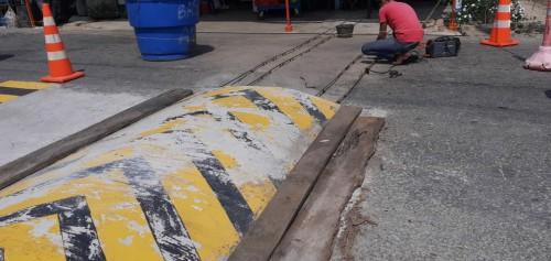 La comunidad de Puerto San Salvador deberá remover los reductores de velocidad que habían construido