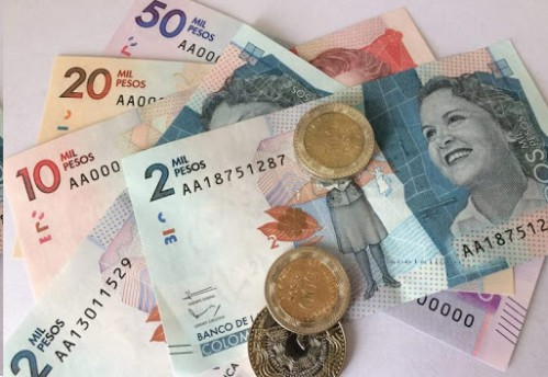 """""""Al café, el azúcar y la sal se les impondría un IVA del 19%, no son básicos en la mesa de los colombianos"""" según Viceministro de Hacienda"""