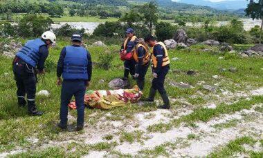 Bomberos de Tame y Sácama Casanare recuperaron el cuerpo de una mujer indígena que pereció por inmersión